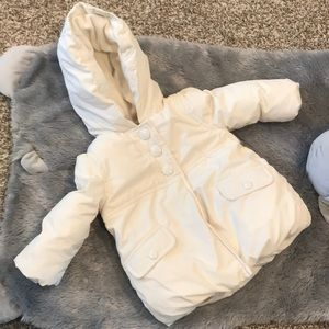 White Gymboree White Puffer Coat size 6-12 months